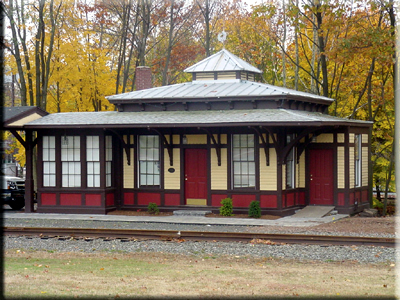 Roberge Painting Company owned and restored historic Forestville (Bristol), Connecticut train station: commercial painting contractor northeast: Painter in CT